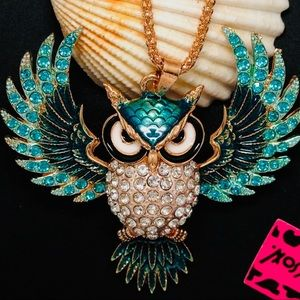 Necklace-New- Betsey Johnson Beautiful Owl